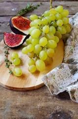 Виноград и инжир