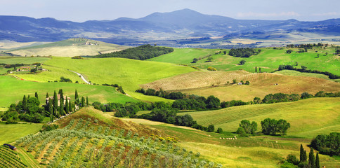 amazing landscapes of Tuscany, val d'Orcia © Freesurf