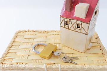 新しい錠前と鍵
