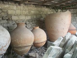 Амфоры, древние кувшины, раскопки