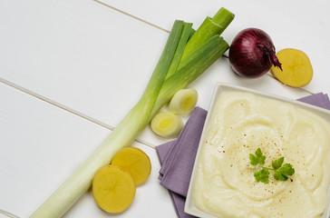 Zuppa di patate e porro, close-up