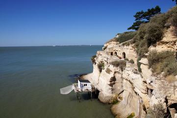 Falaises, grottes et carrelet  - Meschers-sur-Gironde