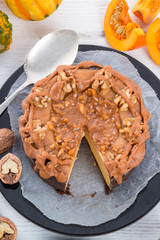 Pumpkin cheesecake with nuts