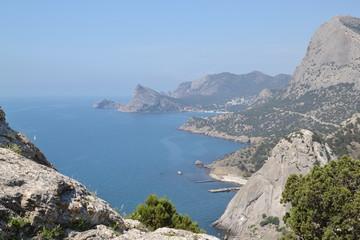 Вид с горы на море