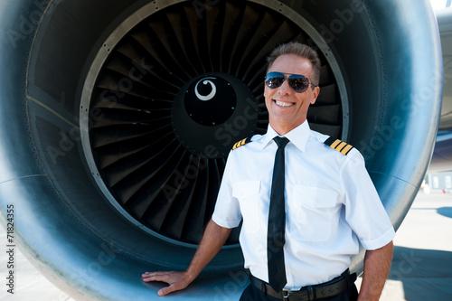 Confident pilot. - 71824355