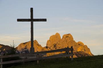 Kreuz vor Gimpel und Rote Flüh, Tannheimer Tal