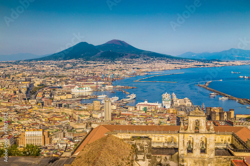 Foto op Canvas Mediterraans Europa City of Naples with Mt. Vesuv at sunset, Campania, Italy