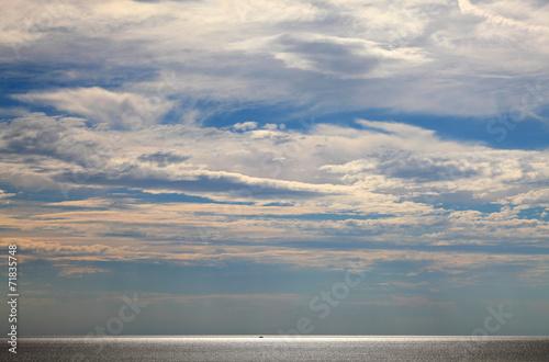 canvas print picture Leuchtendes Meer in der Dämmerung
