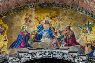 Mosaic of the Basilica of Saint Mark in Venice 001