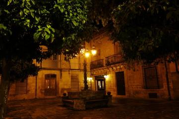 plaza de noche