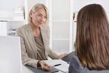 Bewerbung: Bewerbungsgespräch unter Frauen