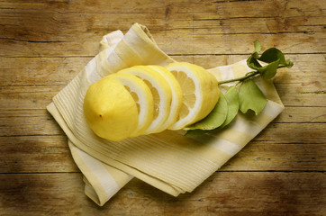 ᎴᎹᏂ Λεμόνι Citrus × limon Limone Zitrone Citron ليمون