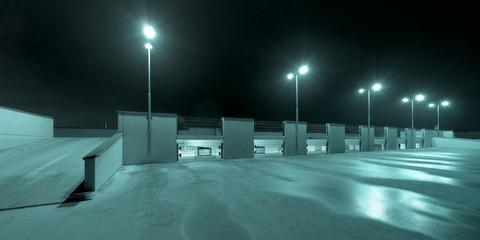 parkdeck bei nacht