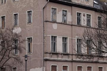 Altes, herunter gekommenes Gebäude – Weimar