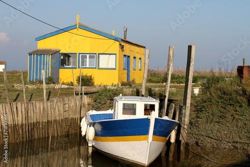 Papiers peints Cote cabanes de pêcheurs sur l'île d'oléron