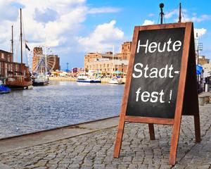 Anzeigetafel - Heute Stadtfest