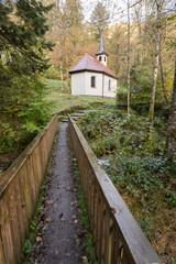 Chapelle St-Nicolas en forêt