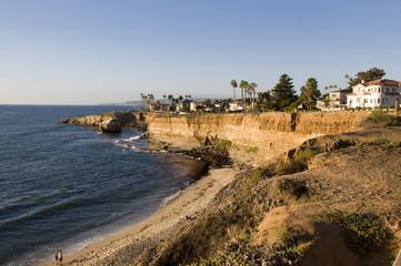 Scogliere a San Diego al tramonto