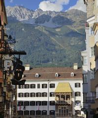 Alpenstadt Innsbruck mit dem Goldenen Dachl der Altstadt