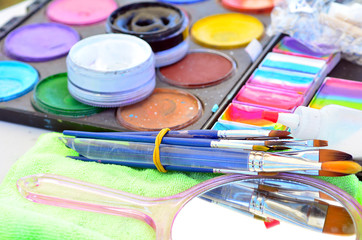Face painting colors