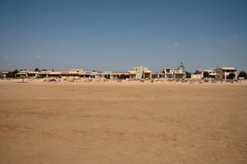 Case sulla spiaggia, abusivismo, sicilia, donnalucata