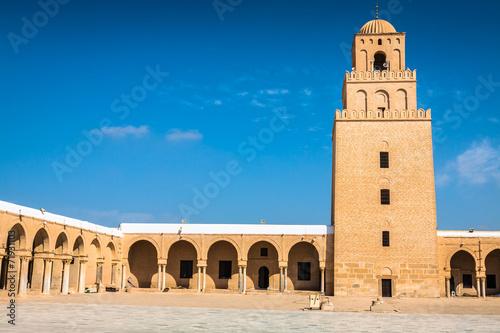 In de dag Tunesië The Great Mosque of Kairouan (Great Mosque of Sidi-Uqba), Tunisi