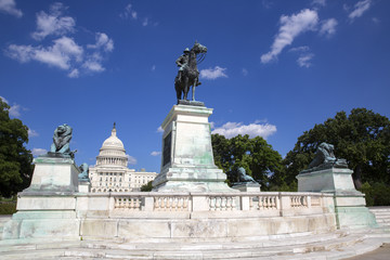 Ulysses S Grant statue and capitol building in Washington