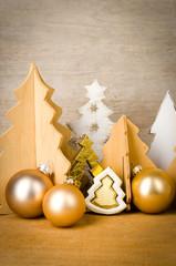 weihnachtsdeko mit holzhingergrund
