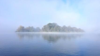 Остров в тумане