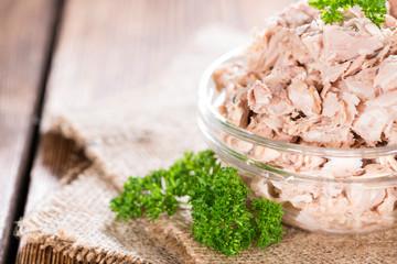 Tuna with parsley