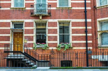 ロンドン 赤レンガの建物 London
