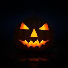 Jack-o'-lantern halloween pumpkin