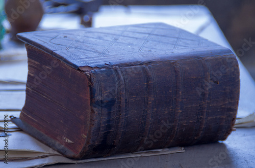 canvas print picture altes Buch