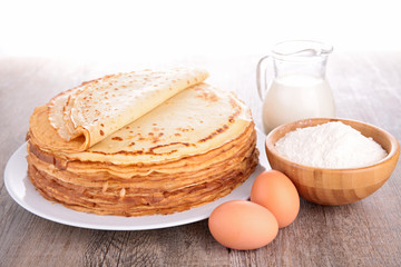 crepe and ingredient