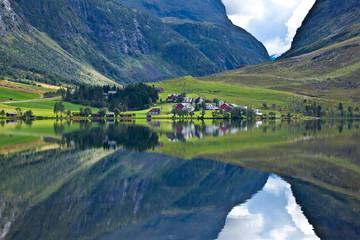 Norway - lake ideal reflection