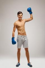 boxer celebrate victory