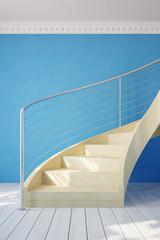 Treppe im Raum mit Geländer