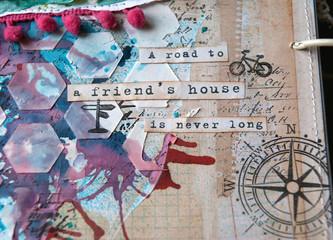 страничка в стиле скрапбукинг с фразой о дружбе