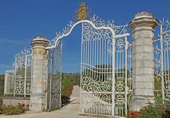portail d'un château bordelais