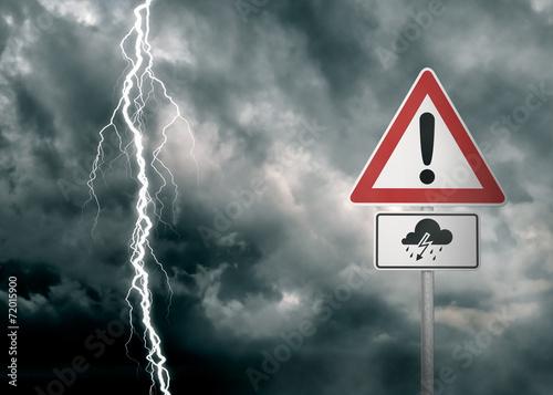 Leinwanddruck Bild Caution - Thunderstorm Ahead