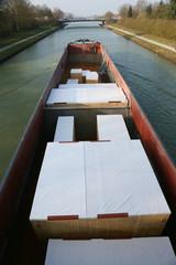 Maschinentransport auf Frachtschiff