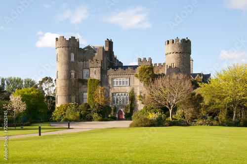Deurstickers Kasteel Malahide Castle Dublin Ireland