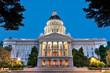 Leinwanddruck Bild - California State Capitol Building at Dusk