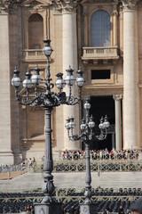 Alte Straßenlaternen im Vatikanstaat