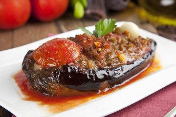 Aubergine Eggplant Meal - Karniyarik (Riven Belly)