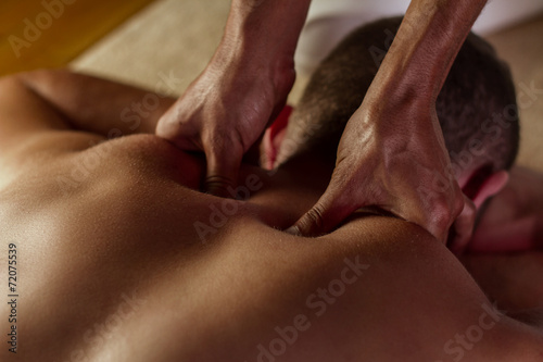 Leinwanddruck Bild Deep tissue massage