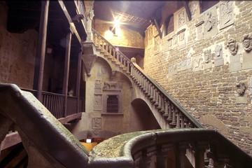 poppi interno del castello arezzo toscana