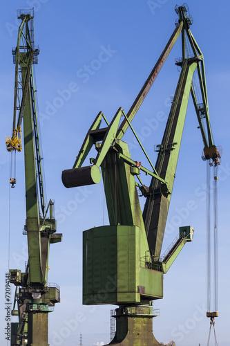 Great, green shipbuilding cranes - 72094141