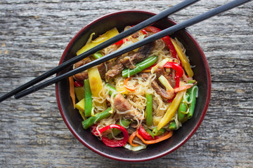 glass noodles with vegetables and beef