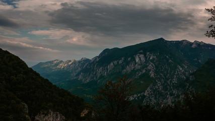 Cerna valley  Domogled National Park, time lapse  4K